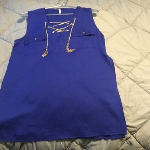 Royal blue thin top with gold chain